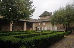 2016-10-24 10-30 Burgund 155 Tournus, St. Philibert - Photo of Montbellet
