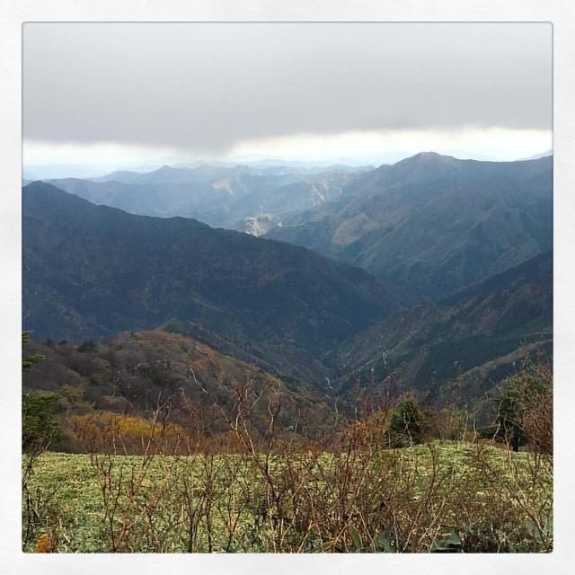 Photo:「雲の下まで」 雲の下まで降りたら景色はいいのですが写真撮りたいとこでは撮れなかった。 #ドライブ #ufoライン By kaidouminato
