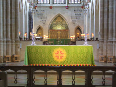 nave altar and high altar beyond