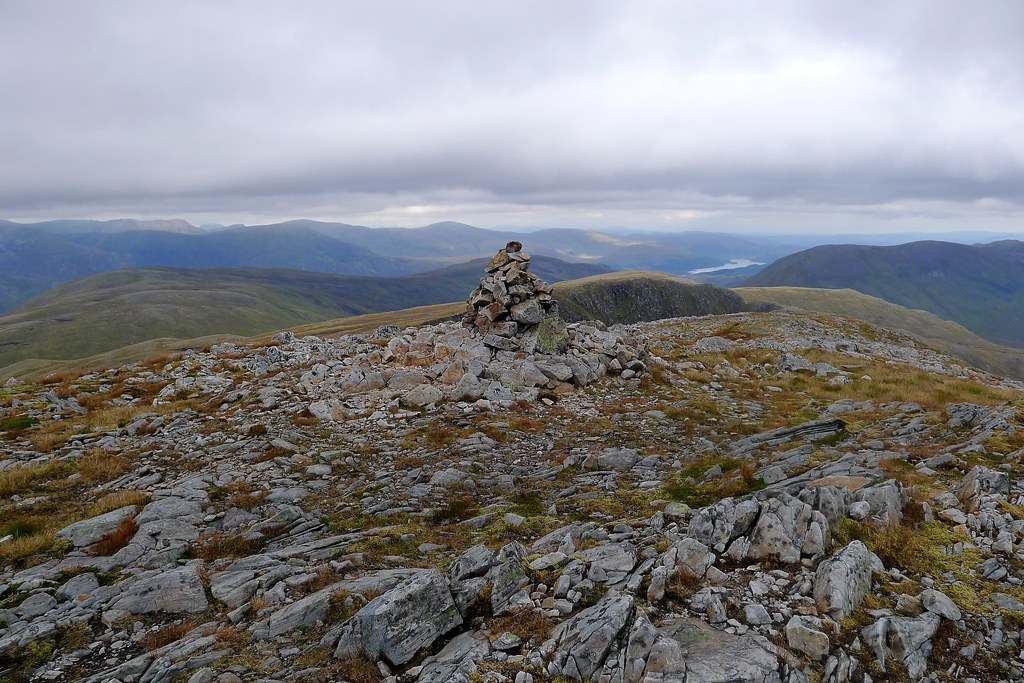 Cairn on northern top of Sail Chaorainn