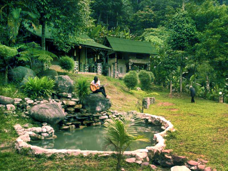 agoda bamboo village 5