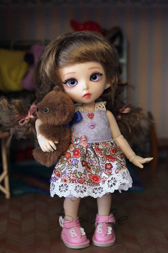 New sundress for pukifee.