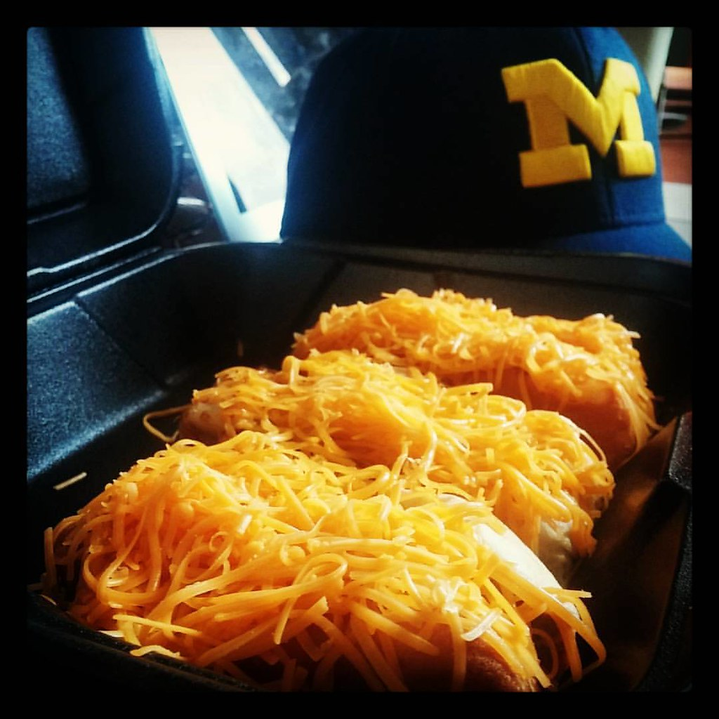#Skyline cheese coney's and a 31-0 #Michigan lead over BYU. It's been a pretty good Saturday so far! #GoBLUE