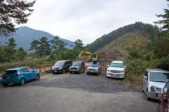 小袖・村営駐車場・・・工事中で駐車スペースが狭い!!