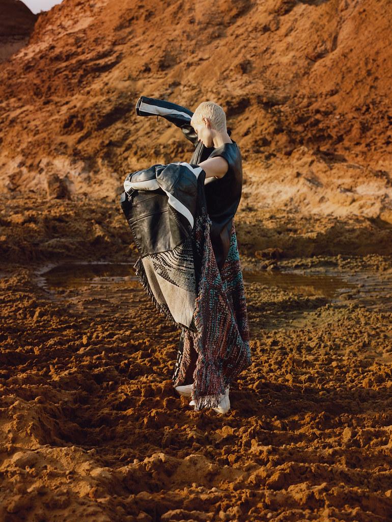 Саския де Брау — Фотосессия для «Vogue» UK 2015 – 5