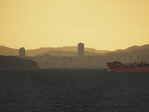 横須賀沖?