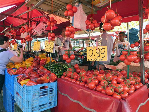 tomates pas chères à Turin