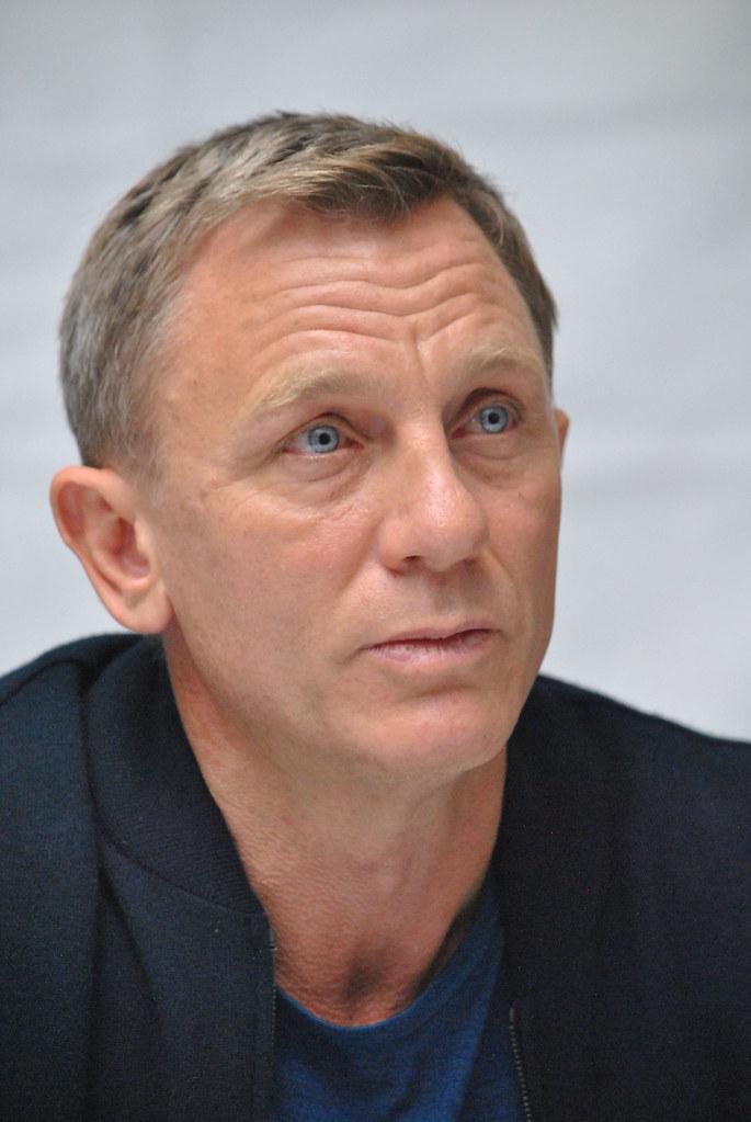 Дэниел Крэйг — Пресс-конференция «007: СПЕКТР» 2015 – 50