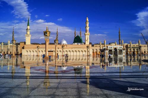 blue sky reflection green rain clouds landscape view minaret islam religion mosque mohammed dome medina saudiarabia prophet madinah thegreendome