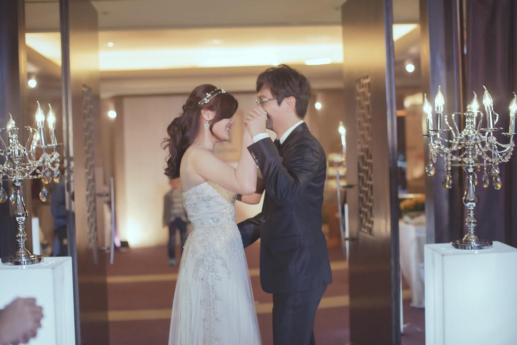 20150228六福皇宮婚禮記錄婚攝 (386)