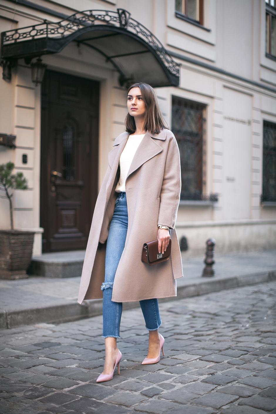 skinny-jeans-oversized-coat