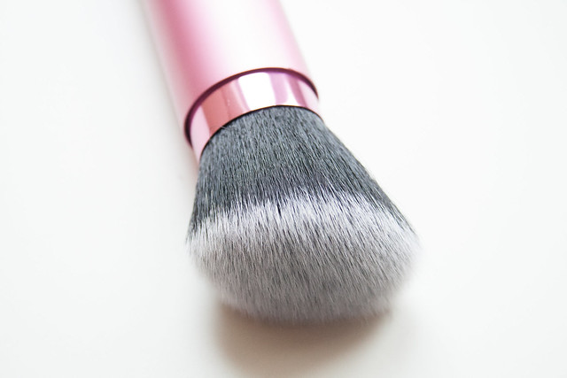 Real Techniques Retracable Kabuki Brush