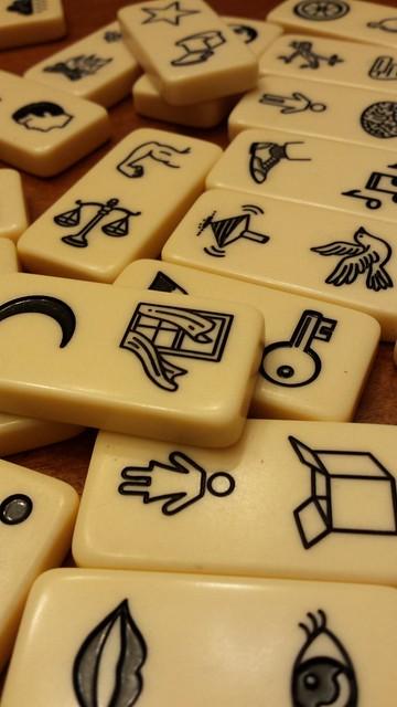Word dominoes