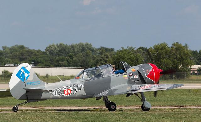N718PH Yak-52, Oshkosh, Canon EOS-1D X, Canon EF 100-400mm f/4.5-5.6L IS