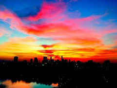 It's getting better and better! Tonight's #bangkok #sunset is the :bomb: