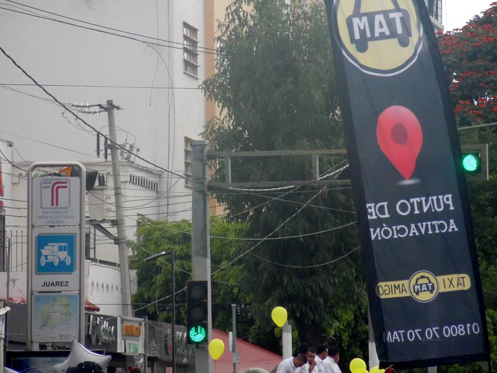 Marcha de los taxistas en petición de apoyo al gremio, 22 de agosto.