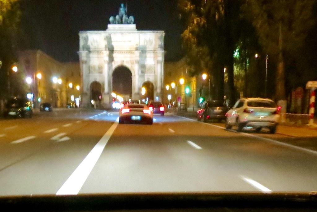 Munich after sunset: a horrible pic?