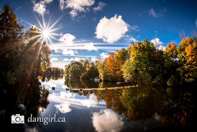Morning on the Rideau River in autumn