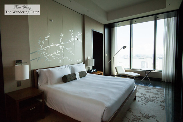 Bedroom of King Executive Suite Bay View