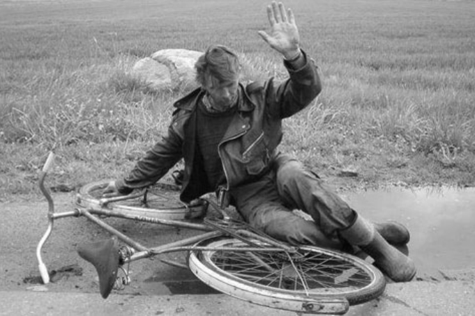 100523_drunk_biker_BW_6x9