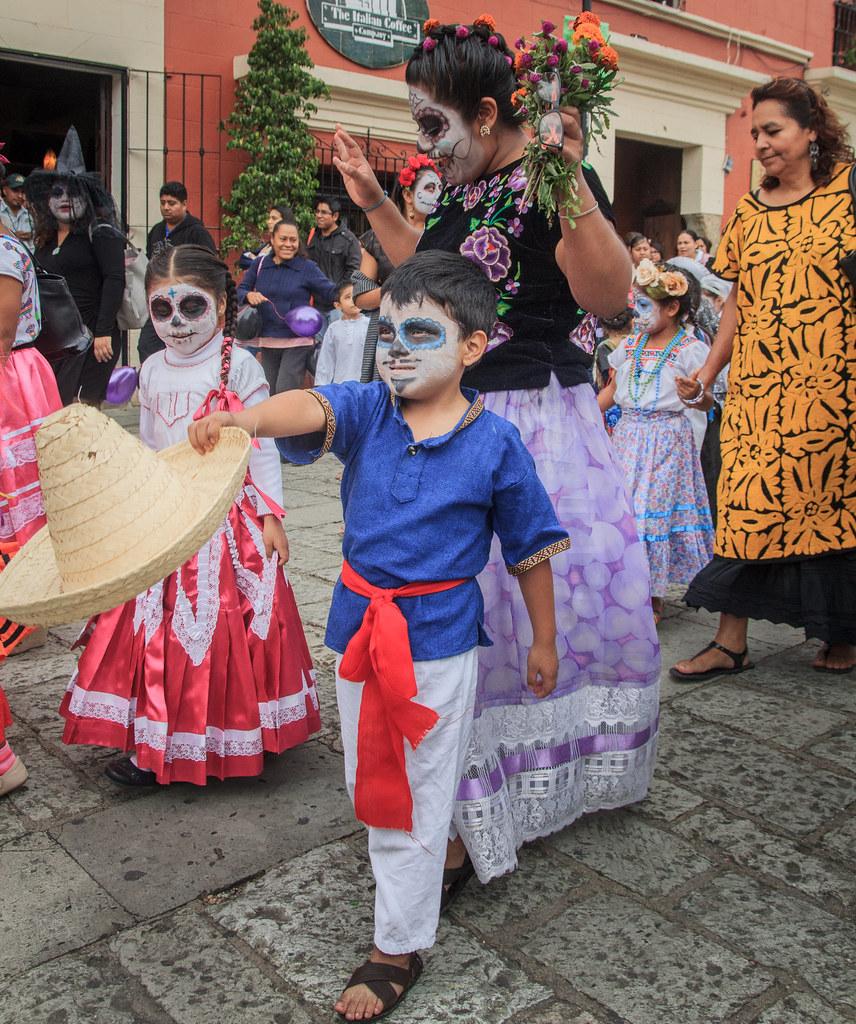 School Parade, Dia de Muertos 2015