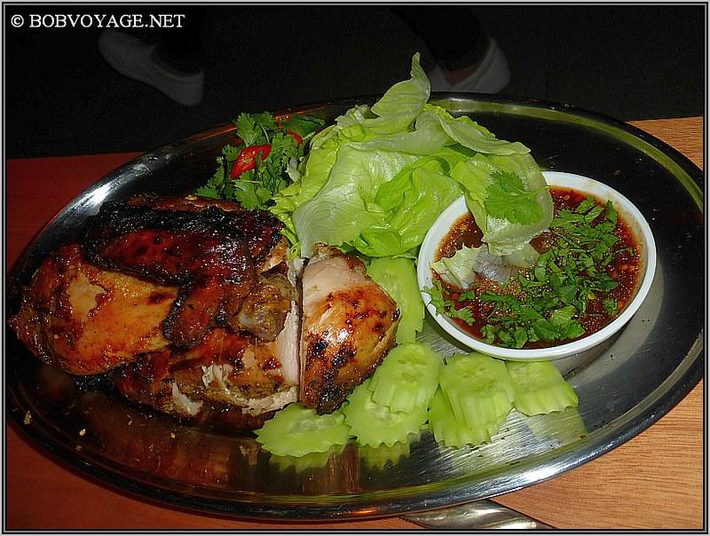 גאי יאנג ב- תאילנדית בסמטת סיני