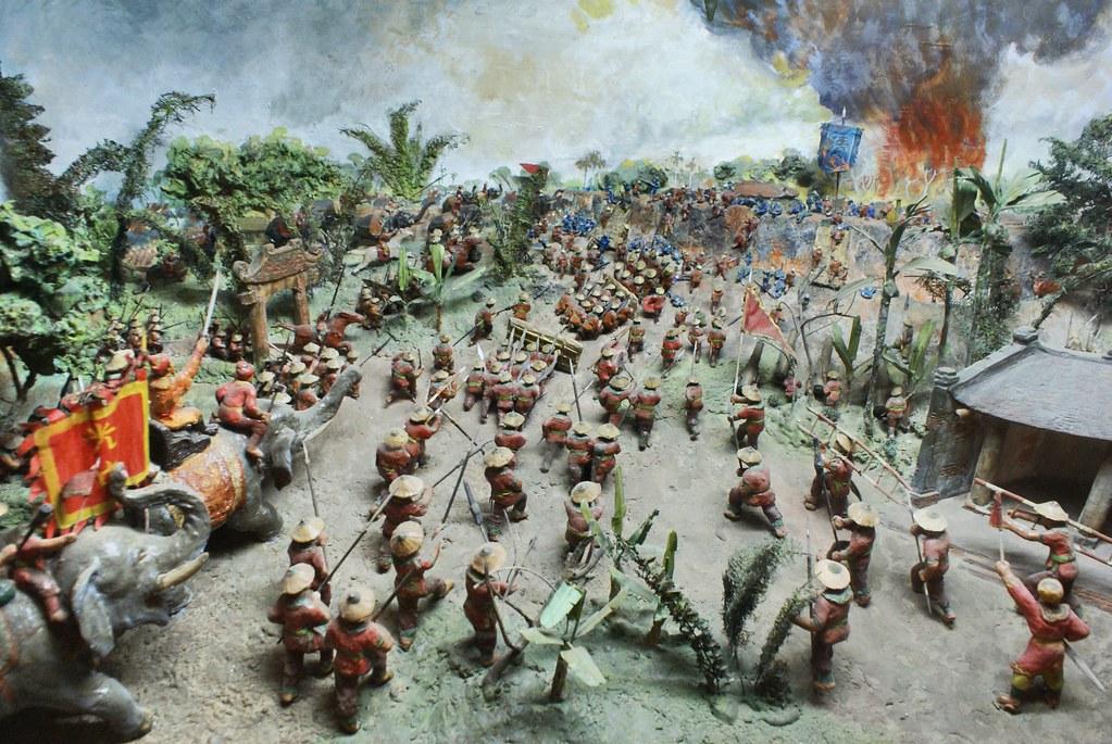 La bataille de Ngoc Hoi, les envahisseurs de Qing ont été vaincus par le roi Quang Trung (1789). Musée d'histoire du Vietnam à Hanoi.