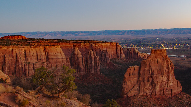 Sunrise at Colorado Monument