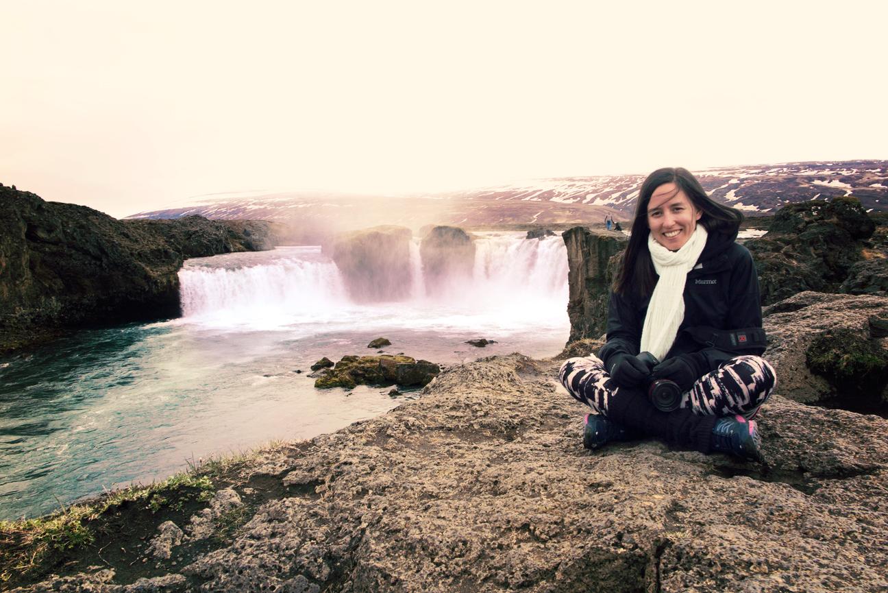 islande waterfall