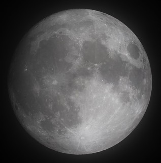 20161113 Cloudy Moon