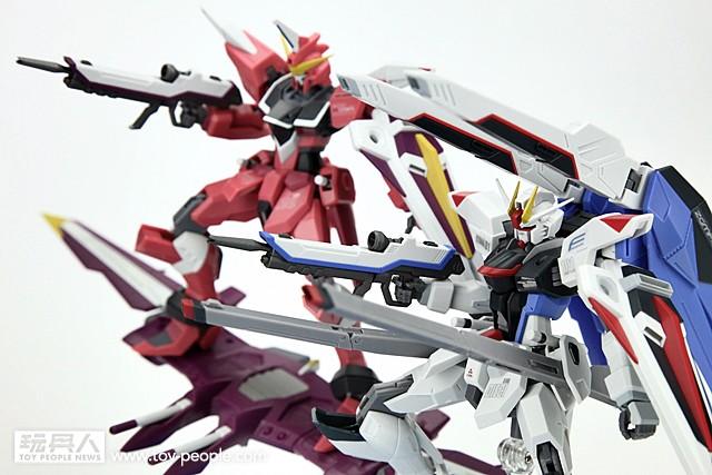 ROBOT魂《機動戰士鋼彈 SEED》自由鋼彈 & 正義鋼彈 開箱報告!