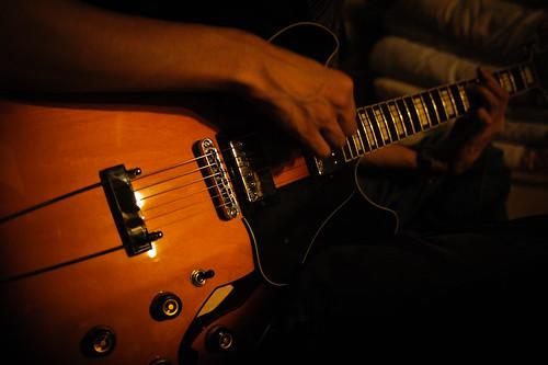 Night Guitarist.