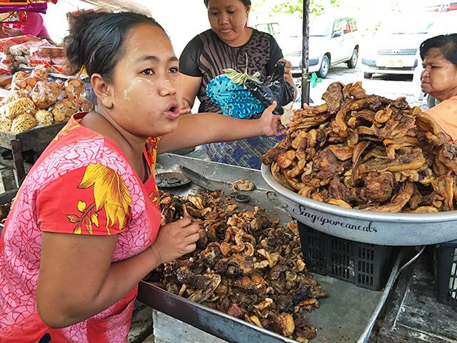 Fried Pork Offal Stall