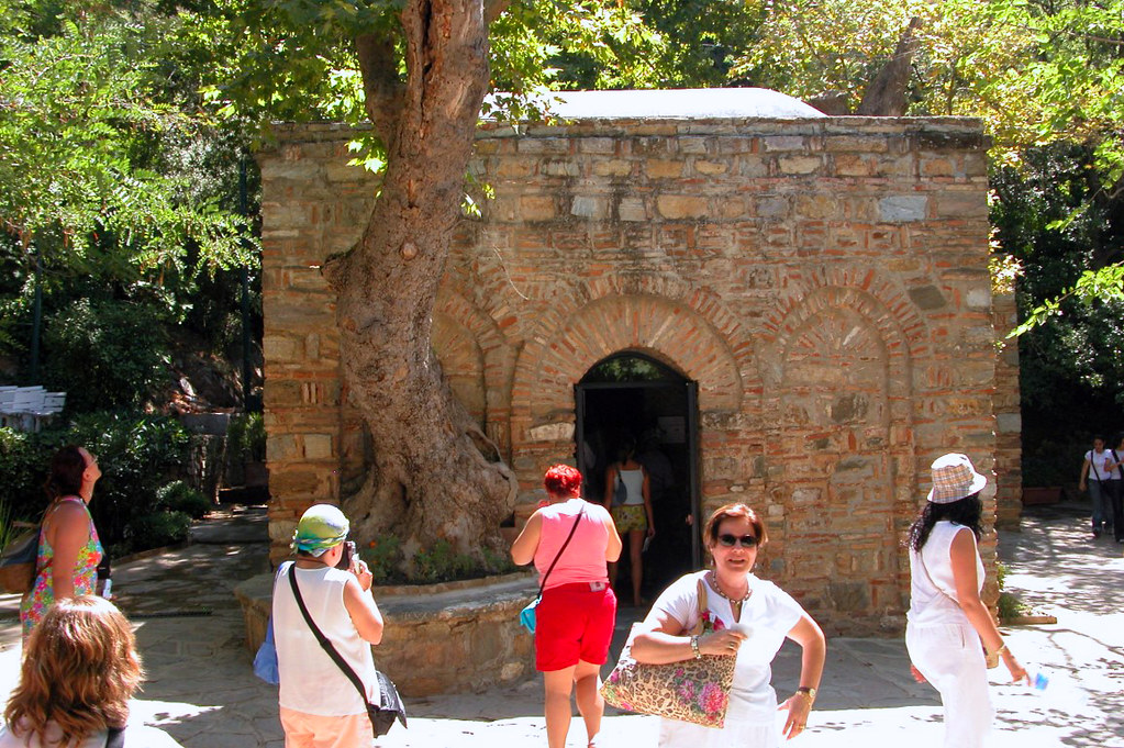 Casa de la Virgen María en Turquía casa de la virgen maría en Éfeso, turquía - 23652250380 c7c86a7168 b - Casa de la Virgen María en Éfeso, Turquía