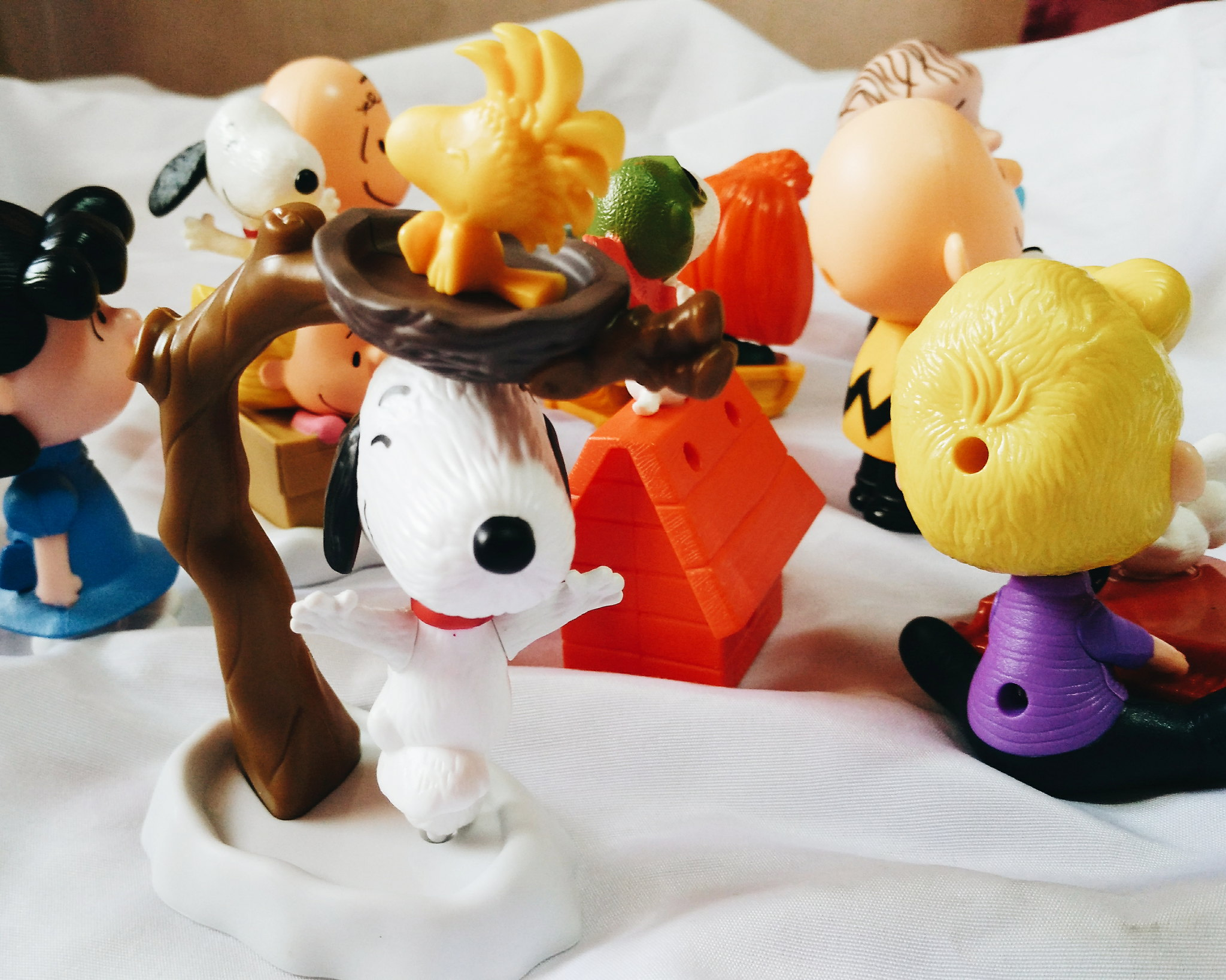 snoopy mcdo happy meal toys
