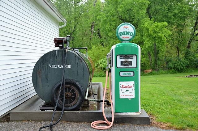 Ohio, Summit County- Everett, Szalay's Farm, Sinclair Gasoline