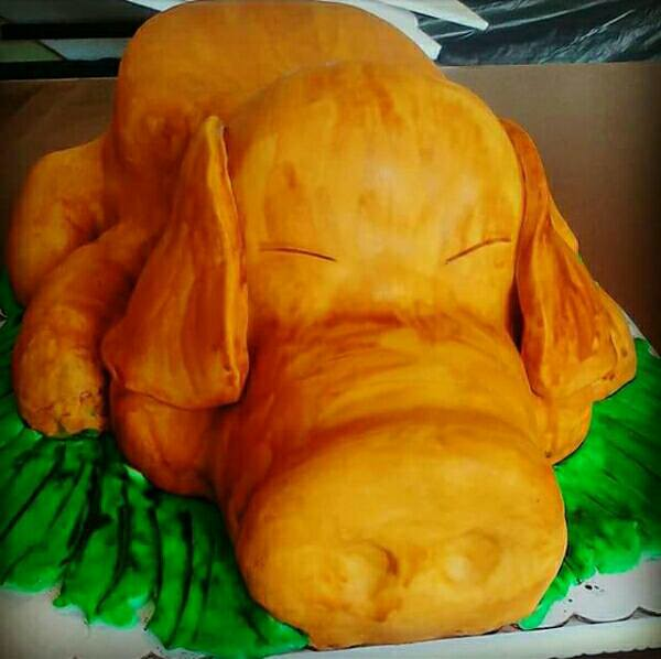 Lechon Cake by Ia Diamond of Icalicious Pastries Pasta Bread
