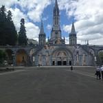 Basilica plaza