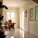 grandes corredores y hall. Solicite más información a su inmobiliaria de confianza en Benidorm  www.inmobiliariabenidorm.com