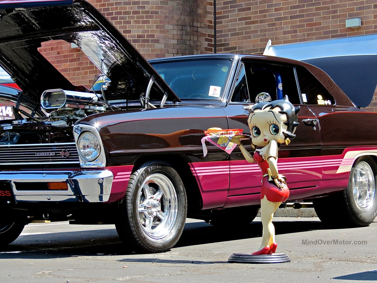 Lead East Betty Boop Chevy
