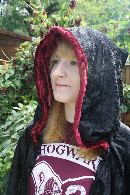 Harry Potter robe with Gryffindor red hood lining