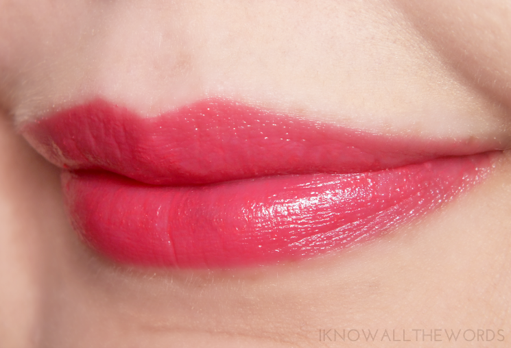 avon beyond colour lipstick spf 15 heat wave