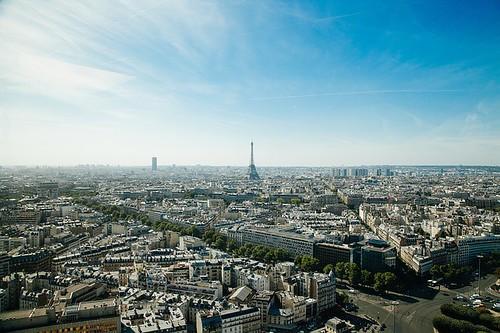 paris-918992_640