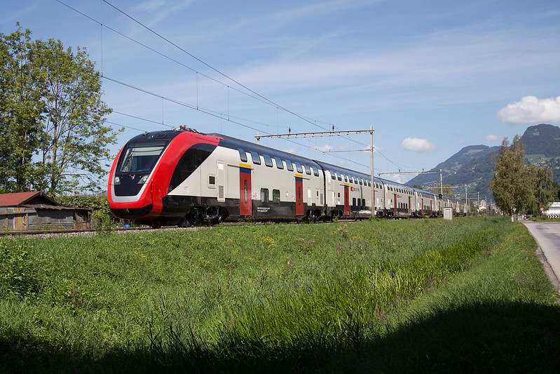 SBB RABe 502 Twindexx auf seiner ersten Testfahrt auf Schweizer Boden