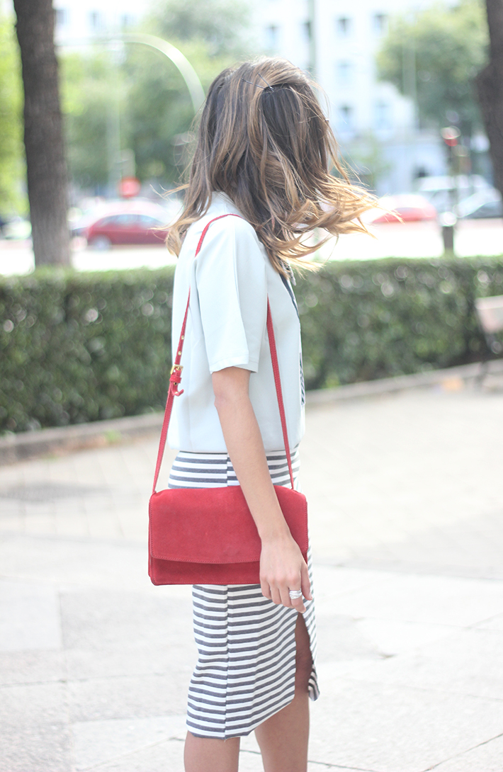 Pencil Stripped Skirt Red Bag Shoes Heels Outfit Tshirt22