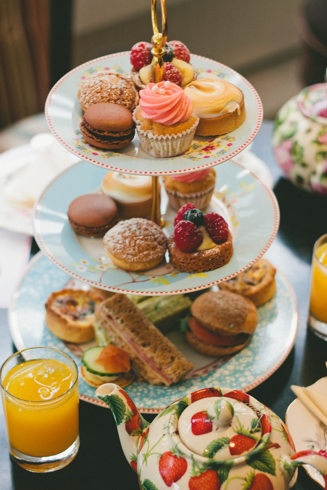 {afternoon tea etiquette with BB Bakery} chevrons & éclairs