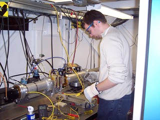 Daniel Hummer (Carnegie Institution of Washington, USA) preparing equipment at one of the beamlines at the Stanford Synchrotron Radiation Lightsource, SSRL (in Menlo Park, California, USA) to conduct an experiment crystallizing titanium oxide minerals.