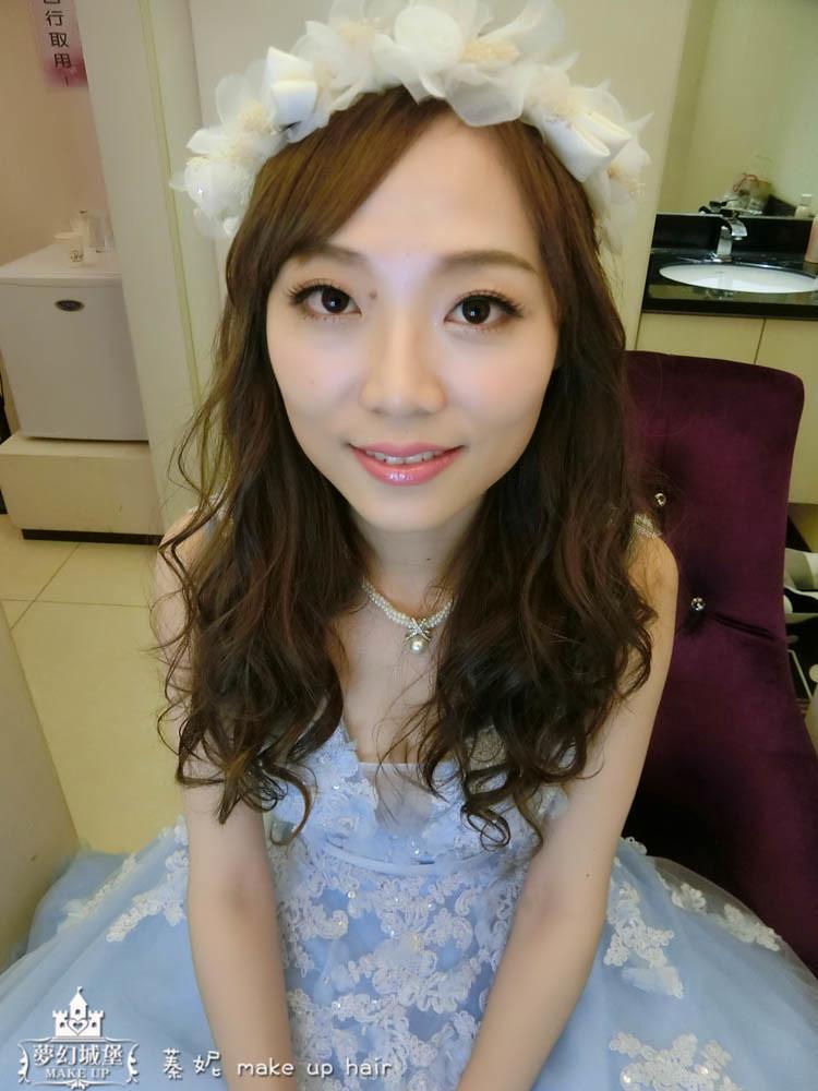 【新秘蓁妮】bride心怡 訂婚造型 / 大里菊園婚宴會館
