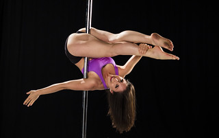 Cross Straddle