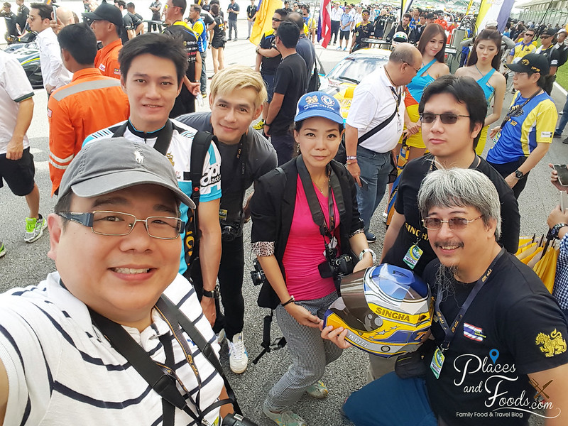 tp 12 racing team sepang bloggers selfie wefie